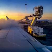 DYNASET-De-Icing-Technology-Airplane-Wing-Spreading-De-Icer-web.jpg