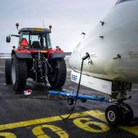 DYNASET-HGG-Hydraulic-Ground-Power-Generator-airplane-tractor-airport-plugin-web.jpg